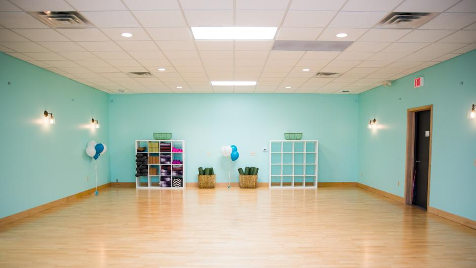 Renew Mama yoga studio