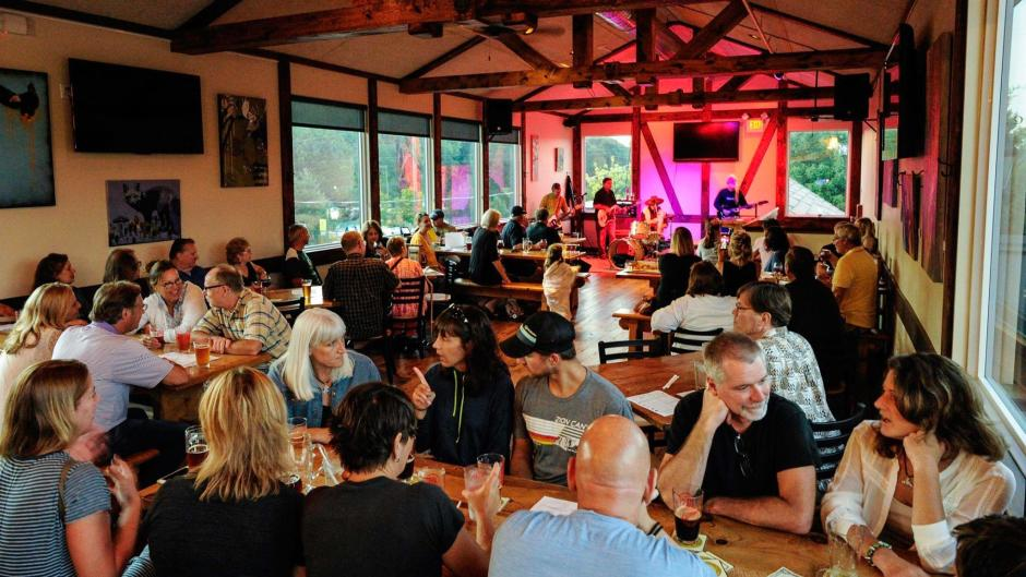 Rockford Brewing Company is a popular spot year-round for good food, great beer, and the best live music in town.