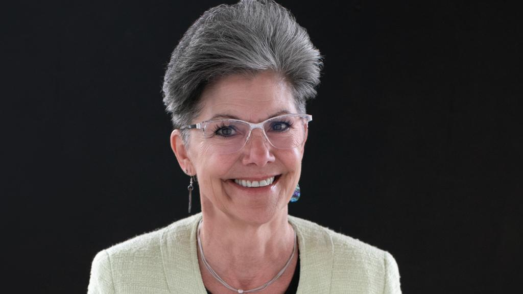 Lisa Verhil, CTA, Visitor Services Manager