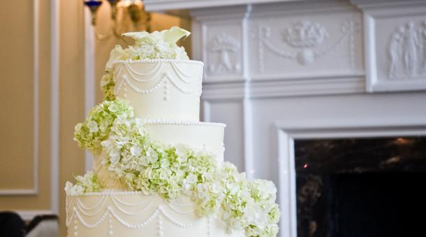 Wedding Cakes Cupcakes And Cake Toppers Roanoke Weddings