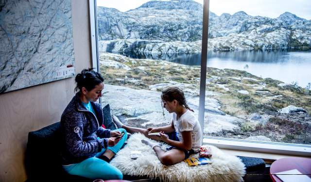 Rikke Benaglia Petersen with her mother Rebecca Benaglia in a cabin at Skåpet, Fjord Norway