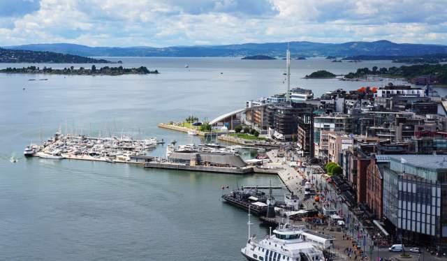 Aker brygge et Tjuvholmen à Oslo, en Norvège de l'Est