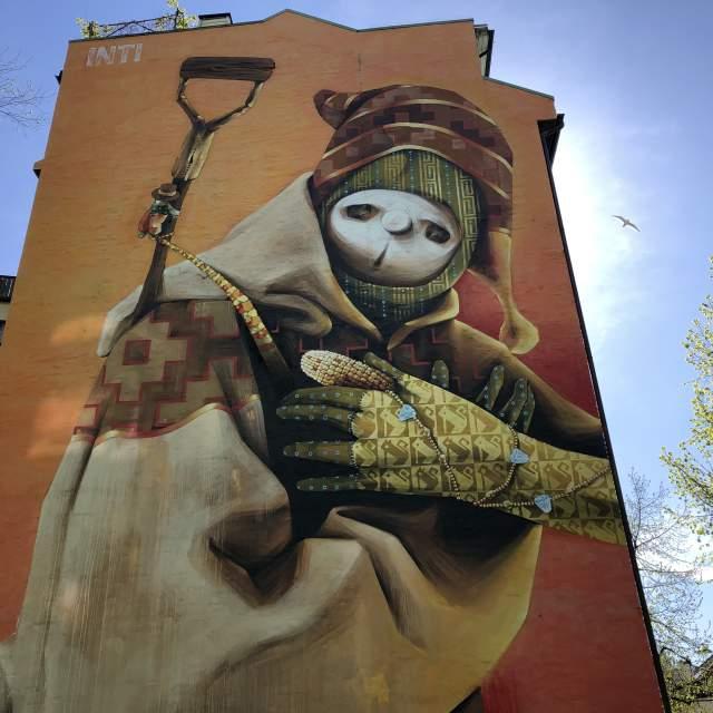 A mural by INTI in Tøyen, Oslo