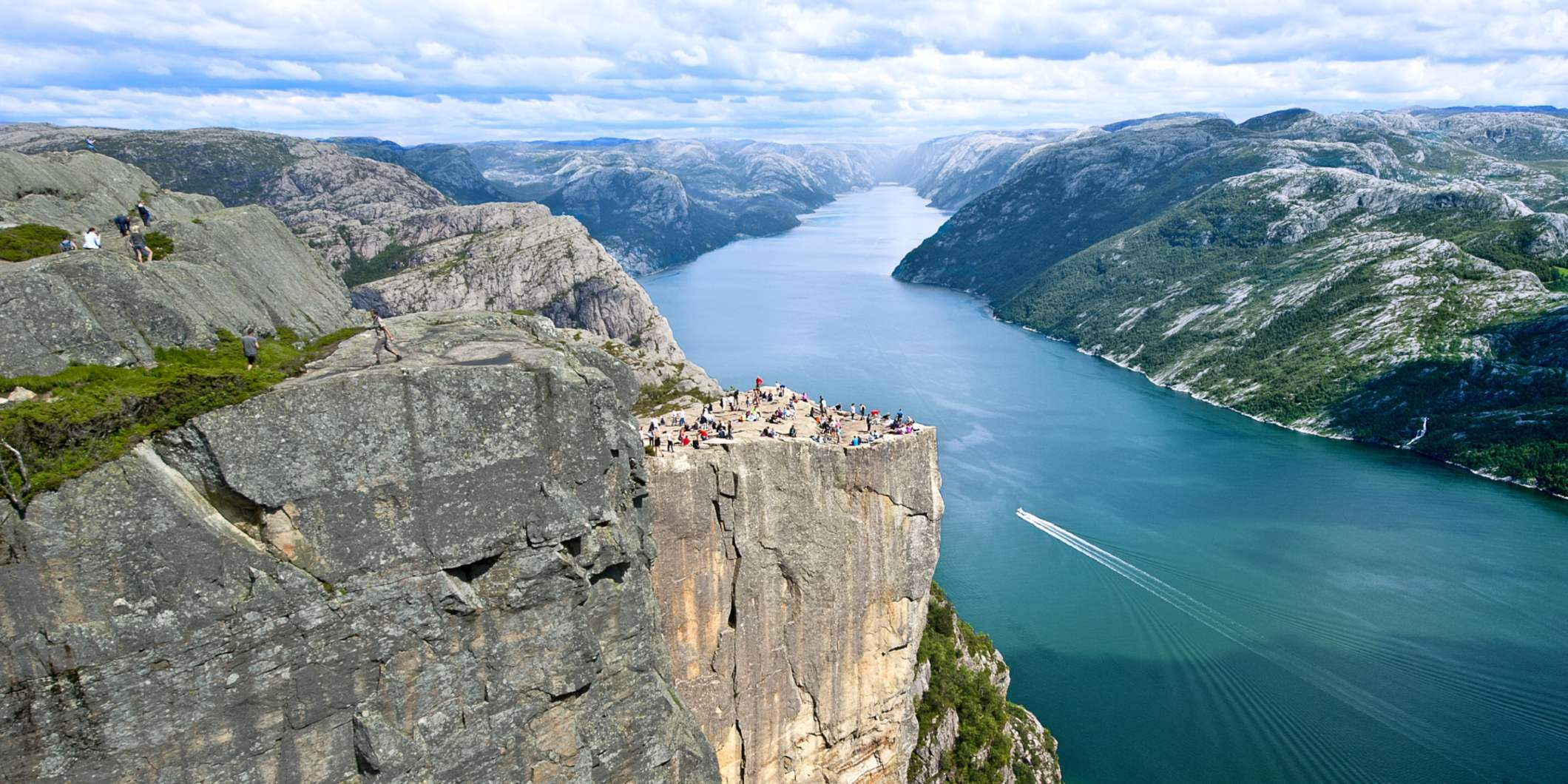 People enjoying the view of Lysefjorden from Pulpit Rock