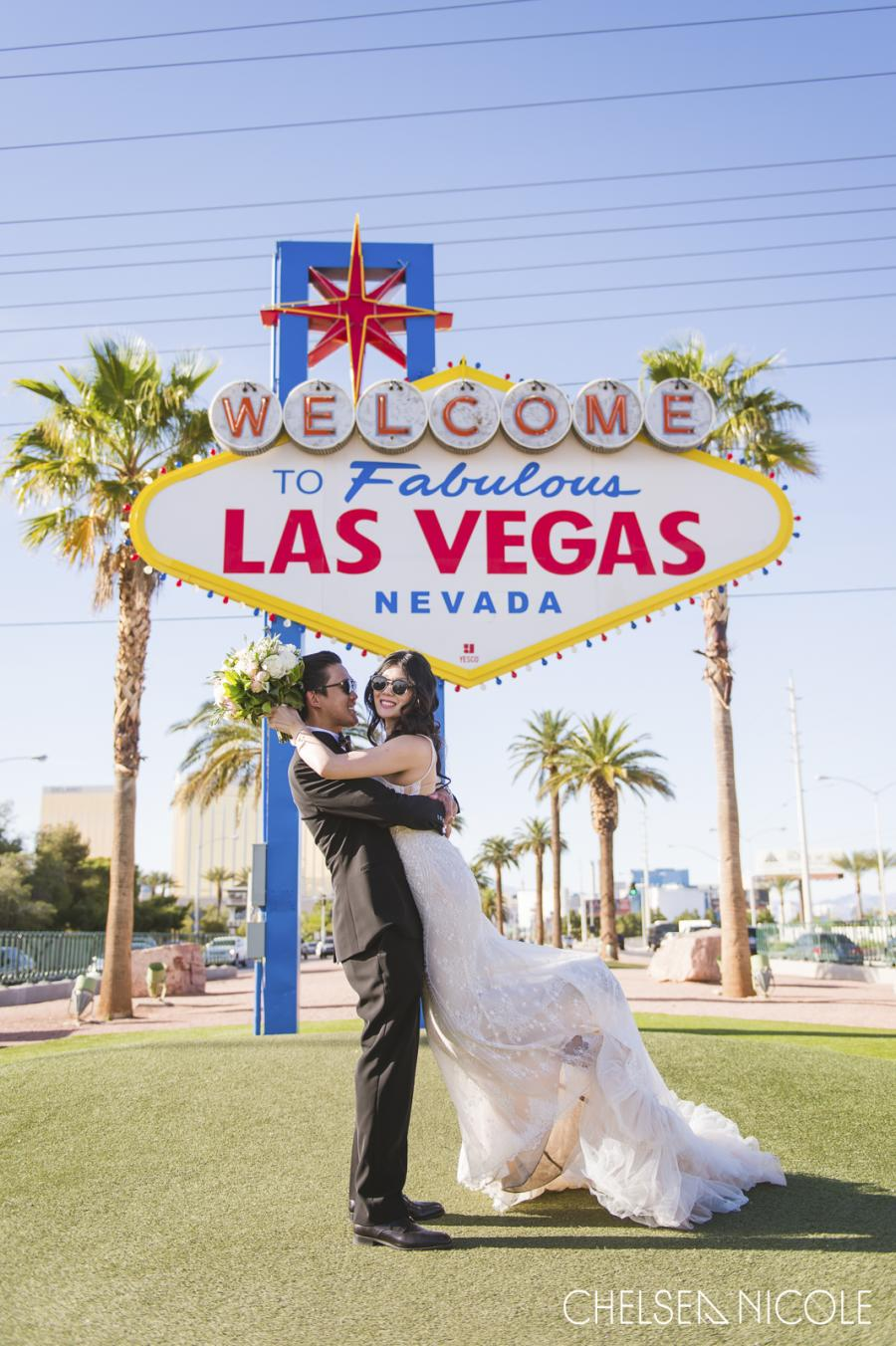 Good places to take pictures for prom in las vegas