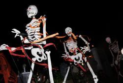 Village Halloween Parade 3