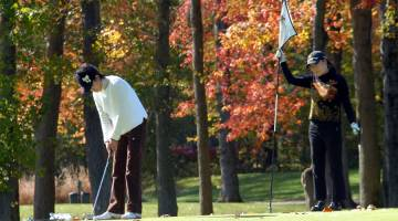 Fall Foliage - Unique Ways - Golf