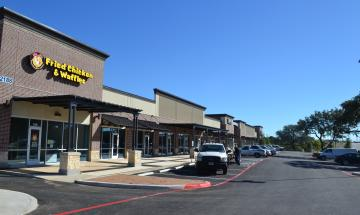 New retail at Hwy 46 and Oak Run Parkway