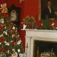 Historic holidays: Heritage sites decorate for the holidays
