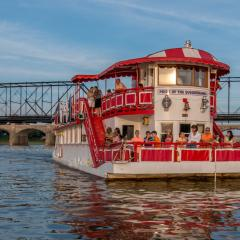 Pride of Susquehanna Paddleboat (3)