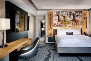Oakland Marriott King Room