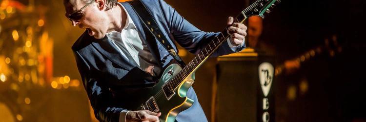 Joe Bonamassa announces 2017 Fall Tour with stop in Grand Rapids