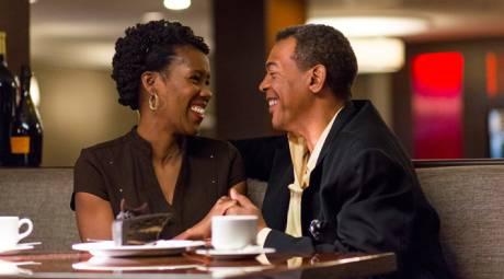 ROMANTIC DINING COUPLE