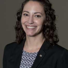 Jenny Vasquez Headshot