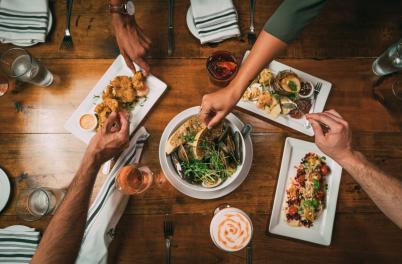 Surfhouse Restaurant Table