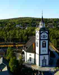 Gevel van de Røros-Kerk