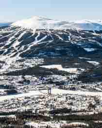 Utsikt över Trysil och Trysilfjellet på vintern