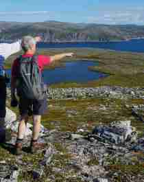 Two people hiking in Nordkyn