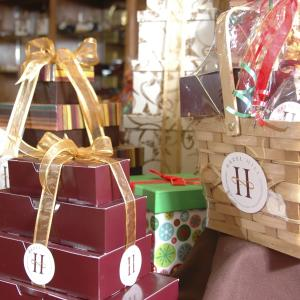 Holiday Shopping Guide: Feeding the Foodie