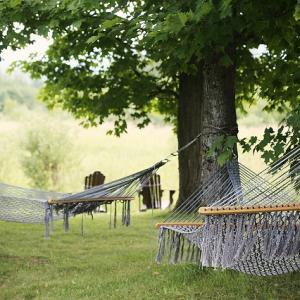 6 Places to Hang Your Hammock in Topeka, Kansas