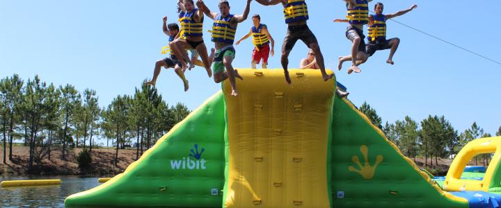 Beat The Heat This Summer At New Aqua Park Shark Wake It S Largest Inflatable Floating Obstacle Course On East Coast
