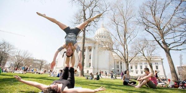Acrobatics on Capitol Square