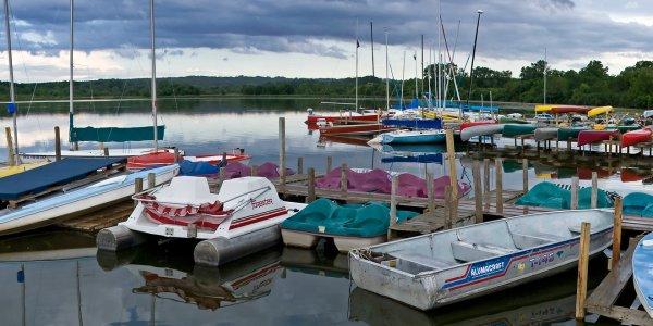 Wingra Boats on the Lake