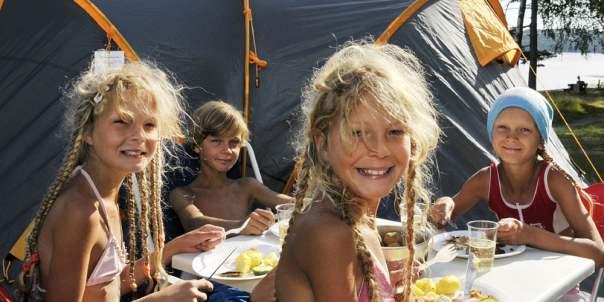 Camping i Norge   Sov i telt eller bobil
