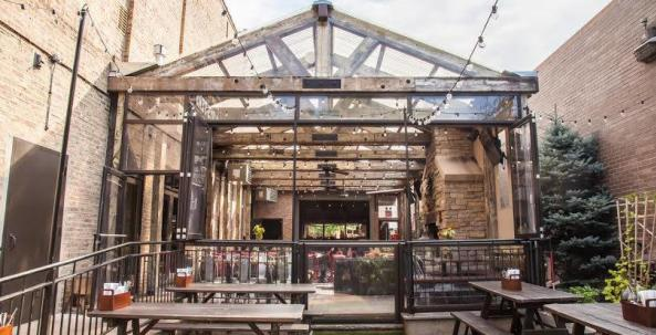 Chicago Beer Gardens Kick Off the Fall Season