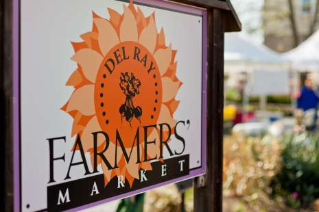 Del Ray Farmers Market Held Year Round On Saay Mornings This Offers Locally Grown Produce Plus Fresh Eggs Pasta And Sauces