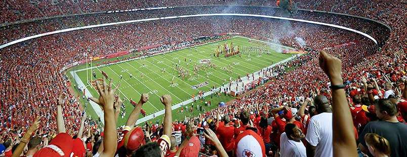 Top 10 Things to Do When You Are in Town for a Chiefs Game