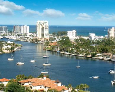 Aerial view of Fort Lauderdale, FL
