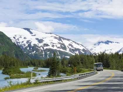 bus tours along the Seward Highway