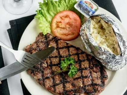 Don's Seafood & Steakhouse