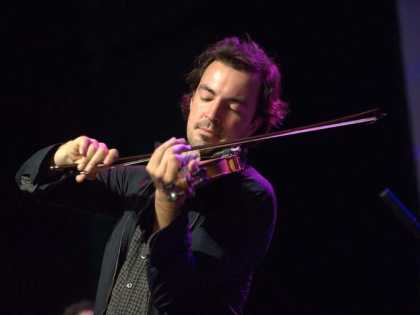 Joel Savoy Playing Fiddle