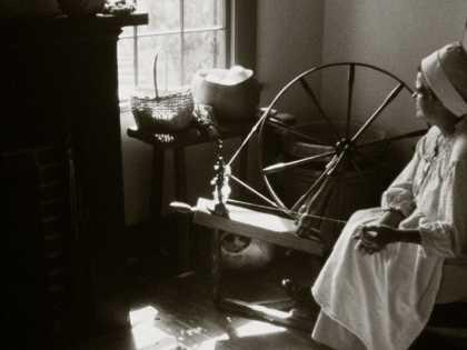 Vermilionville - Cotton spinner