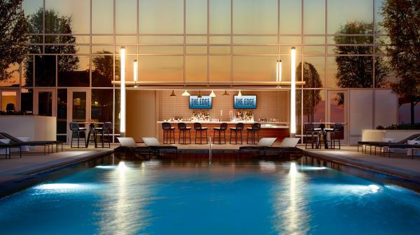 Omni - Pool Bar