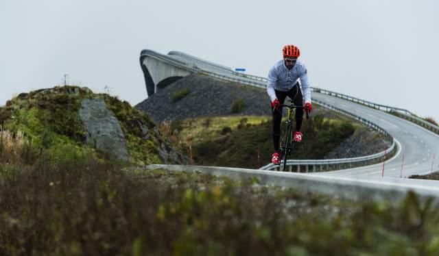 Sykkel på Atlanterhavsvegen