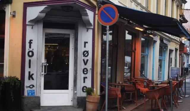 Folk og røvere, Bergen