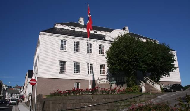Husan - Farsund rådhus