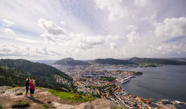 Stoltzen, Bergen