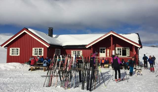 Open kiosk at Tormodset in Ål in Hallingdal