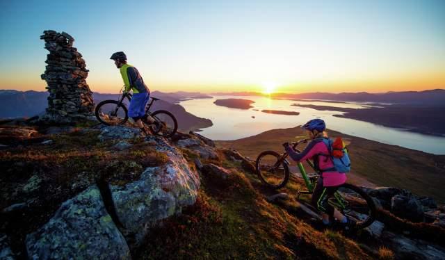 Biking in Romsdalen