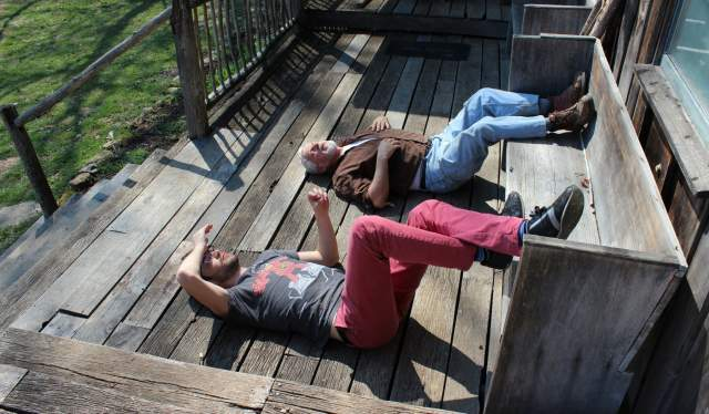 Two wwoofers relaxing on a farm in Norway