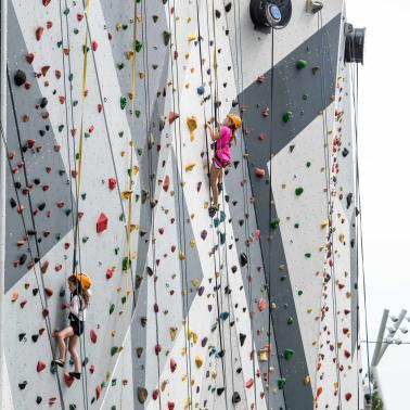 Climbing wall at Maggie Daley Park in Chicago