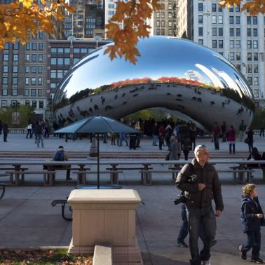 Cloud Gate, Millennium Park Chicago in the Fall