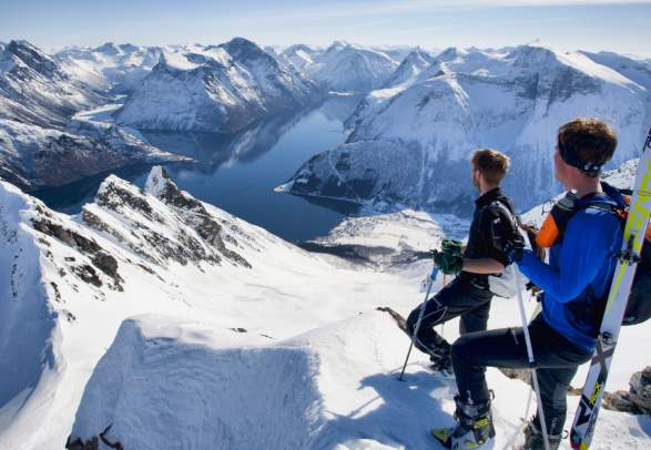 Skiing in Fjord Norway