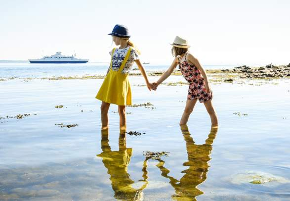 Kids at the beach in Moss