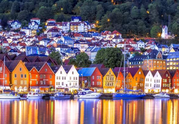 Bryggen i Bergen from the sea in the evening