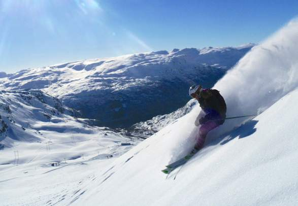 A person skiing in Røldal